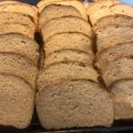 Gestatten: DAS BROT. American Butter Toast mit Dinkel